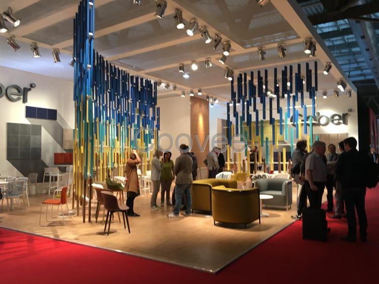 在建筑设计新潮展览馆,效果突出,引人注目,对于著名的米兰家具展这一