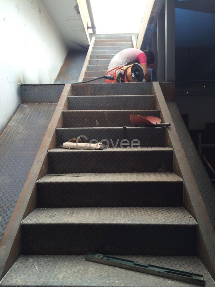 钢结构阁楼楼梯制作