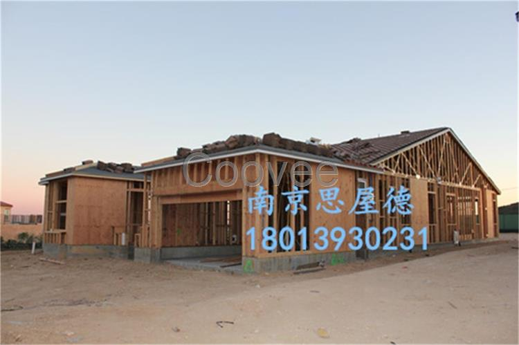 普通构造的木结构墙体比砖墙外保温体系的传热系数要低的多(即热阻值