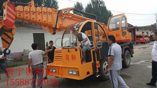 l 重要结构采用低合金钢板制作,强度好,防变形 l 贵和吊车配双钩,双