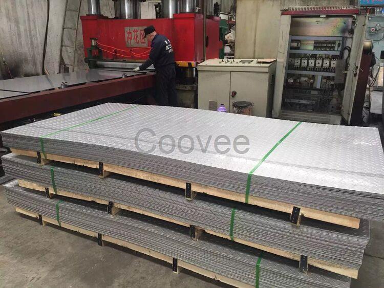 公司产品生产厂家:我们与山西太钢、上海宝钢、张家港浦项、昆山大庚、广州联众、东北特钢、宝新、等国内知名钢厂 201 、 202 、 301 、 304不锈钢板 、 321 、 304L 、 316L 、 309S 、 310S 、等冷、热轧卷、平板、棒材、管材、型钢,以上材料可按客户的不同要求进行加工,定尺裁切,规格齐全、质优价廉、服务上门、为客户提供便利、优质的服务是我们的经营宗旨,客我共同发展是我们的目标。不锈钢价格全面优惠中.