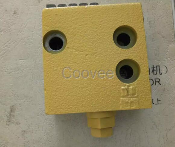小松原装pc160-7减压阀图片
