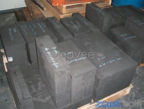 用这种方法可以获得具有均一结构的细结构高密度石墨.