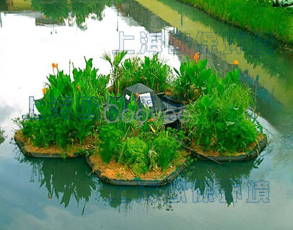 复合纤维浮动湿地是传统生态浮岛的升级版,无需再悬挂填料,能够有效