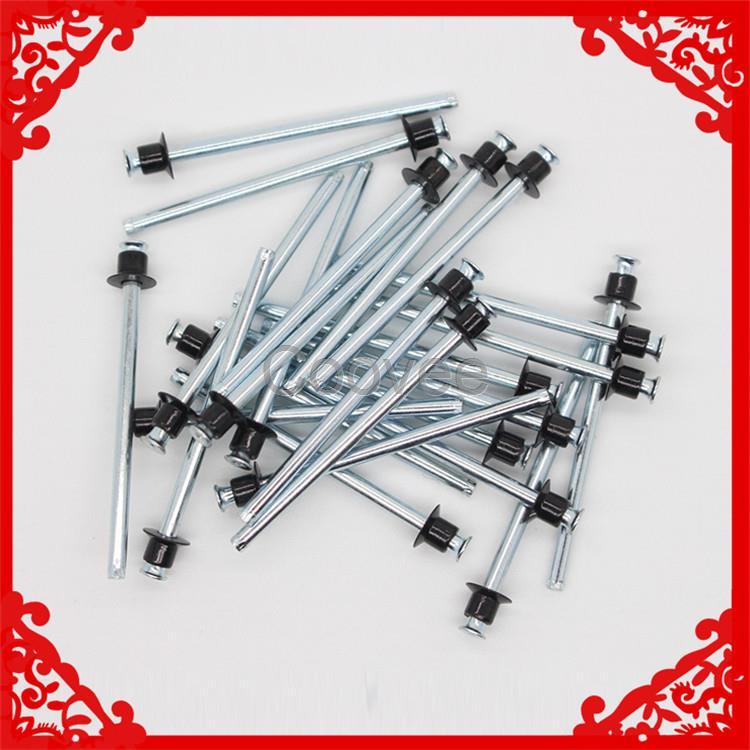 双面沉头抽芯铆钉:英文名:Pull-Thru(PT) Rivets,中文又叫抽空拉钉平头抽空,双平头抽空拉钉等, 双面沉头抽芯铆钉适用于对空间有限制的钣金产品,并且需要拉铆的产品两侧都要有沉孔 ,Pull-Thru(PT)铆钉是一种非常理想的沉头拉铆钉紧固件。双面沉头抽芯铆钉特点是拉铆完后,没有钉头脱落,产品的两个铆接面都比较平整, 现被广泛用于IT行业的通讯机柜上面!
