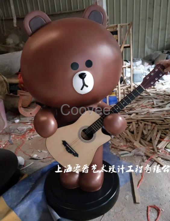 芜湖商场摆件布朗熊雕塑-烤漆玻璃钢可妮兔